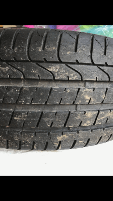 Pirelli Pzero tread cracks