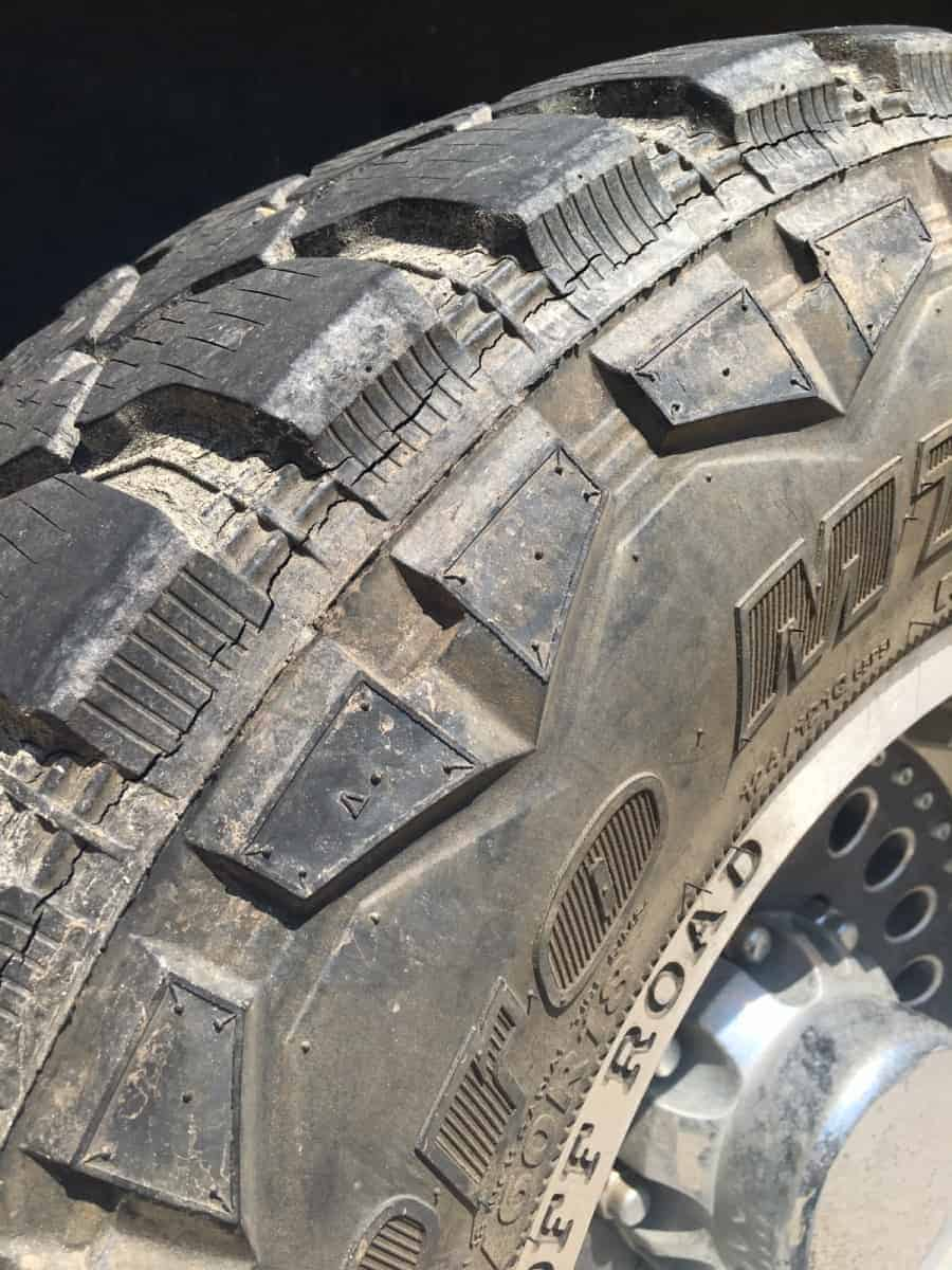 Hankook M/T Off-Road Tire Cracks