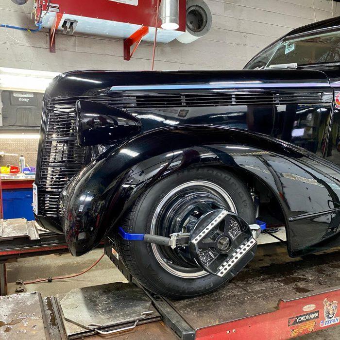 1937 Pontiac hot rod wheel alignment